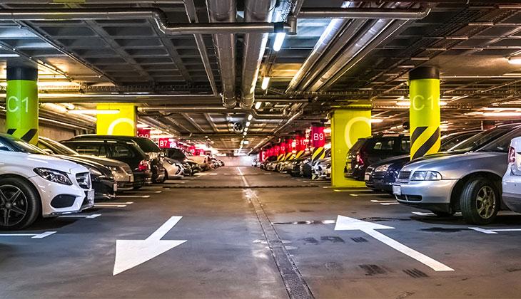 marquage-au-sol-parking-revetement